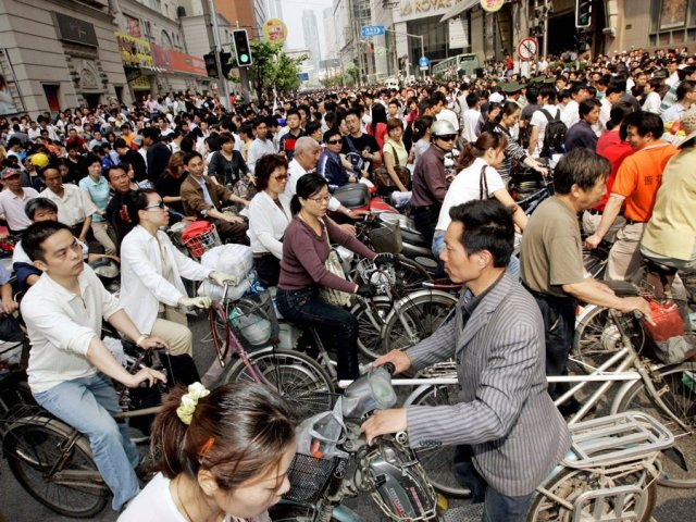 a-bicycle-jam-in-shanghai-china-leaves-traffic-at-a-standstill