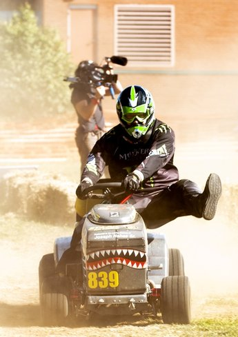 HowardLawnMowerRacing