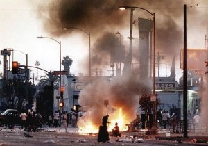 Sides_LA-Riots-4_525